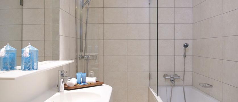 Alexandra Hotel, Loen, Norway - hotel room bathroom.jpg